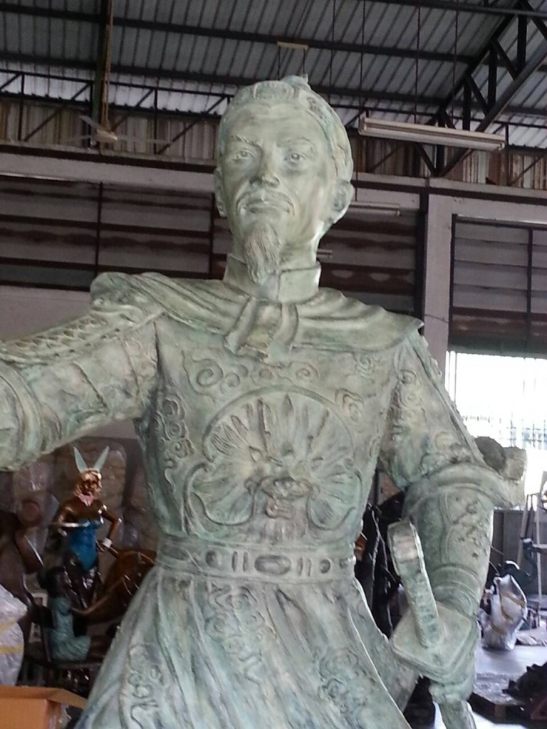 bronze of General Tran Hung Dao