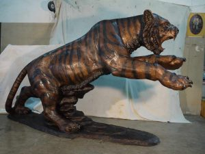 1 10 foot long custom bronze tiger for pryor high school Oklahoma